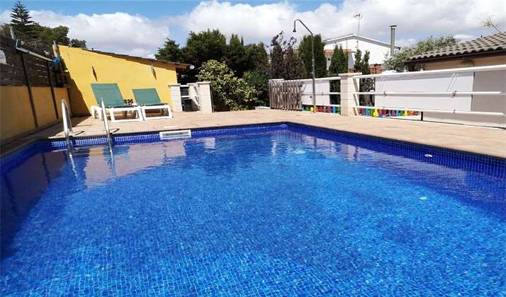 Ideal villa for families with pool and park