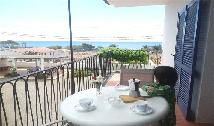 2 BEDROOMS APARTMENT IN FRONT OF THE BEACH