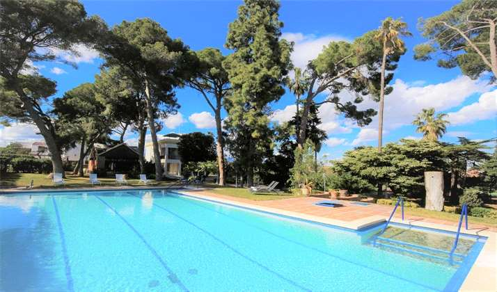 Villa COLONIAL amb Piscina Privada